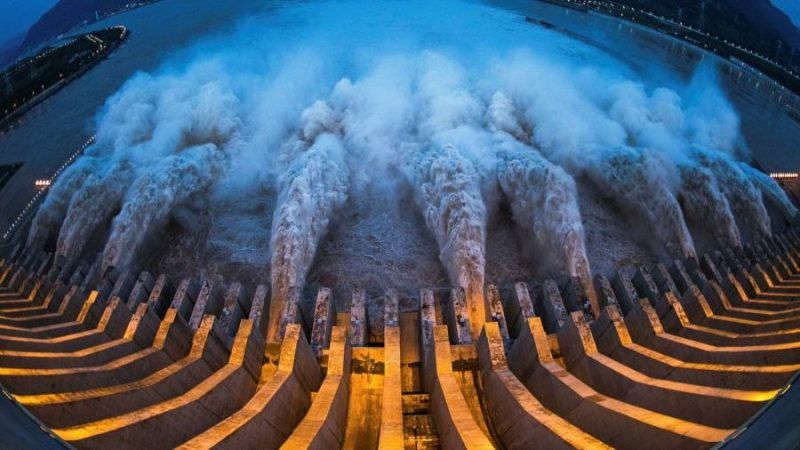 China's Three Gorges dam hits highest level, anxiety grows among public