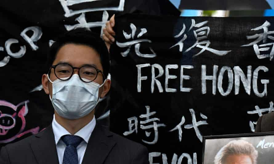 Living in Hong Kong suffocating, say those fleeing for UK