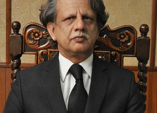 Imran Khan govt appoints Justice retd Azmat Saeed Shaikh to probe Broadsheet scandal