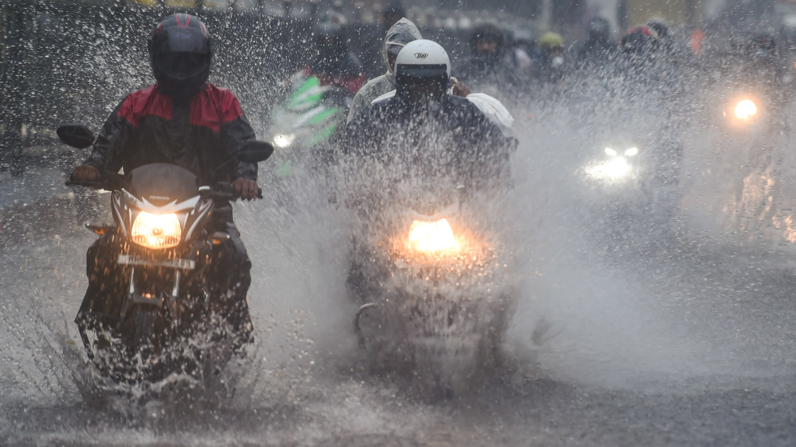 IMD alerts: Monsoon to bring heavy rainfall in these states from July 8